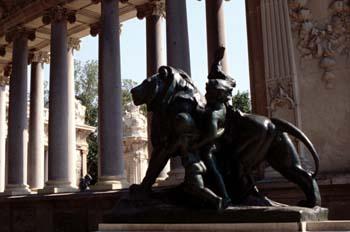 Detalle del monumento a Alfonso XII, Parque del Retiro, Madrid