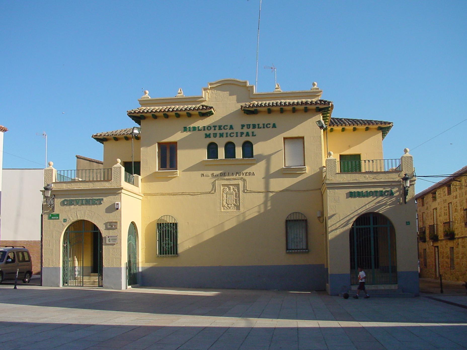 Biblioteca pública municipal de Villa del Prado