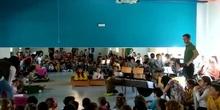 Representación de la obra Rodrigo & Kamhi por infantil y la orquesta y coro del Bergamin