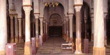 Sala de oración, Gran Mezquita de Kairouan, Túnez