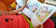 Reading with Mousy