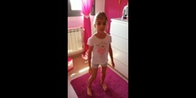 """Natalia G. sings """"My new shoes"""" and calls her brother"""