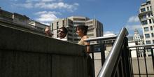 Escaleras de acceso a un puente del río Támesis, Londres, Reino