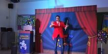 Cliff Magician 1