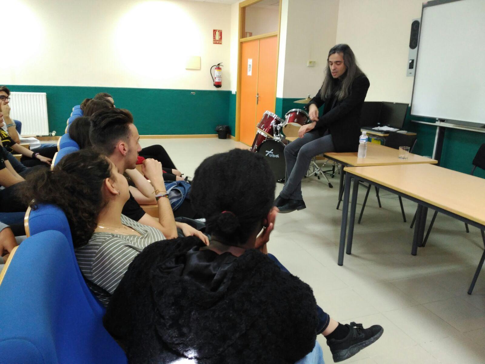 Álvaro Tato - Encuentro con los actores del IES Nicolás Copérnico 12