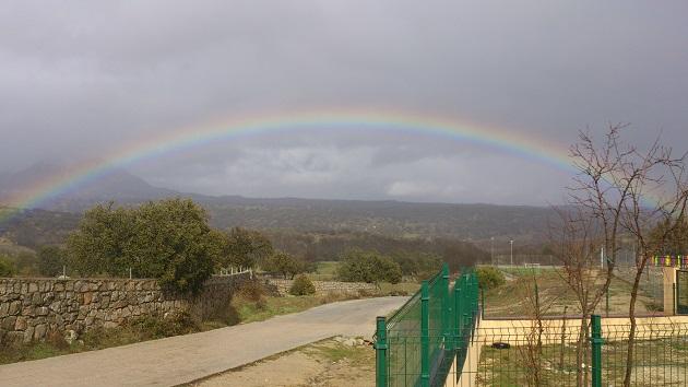ARCO IRIS EN NUESTRO COLEGIO SAN BARTOLOMÉ