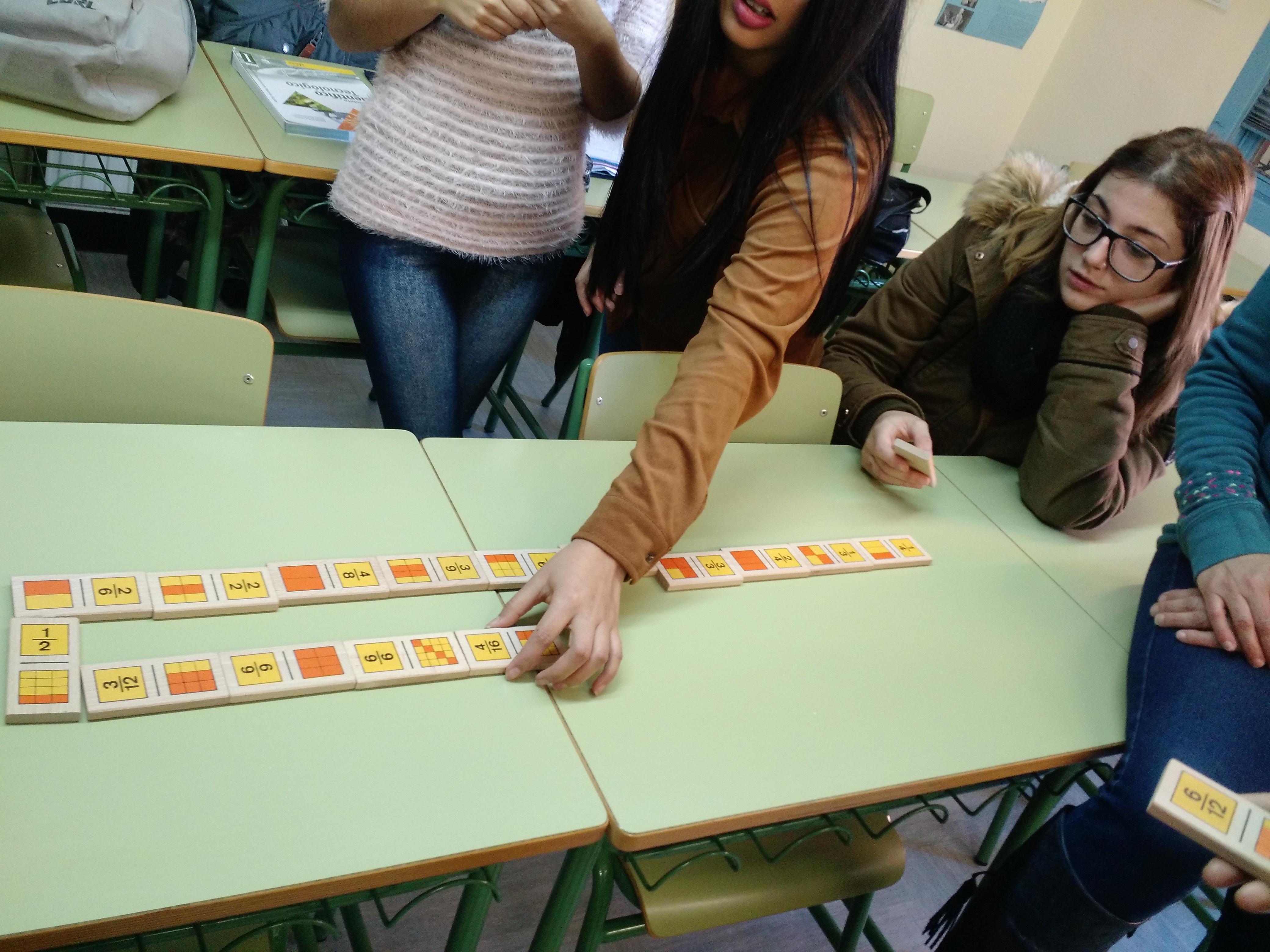 Jugando al dominó (fracciones) 7