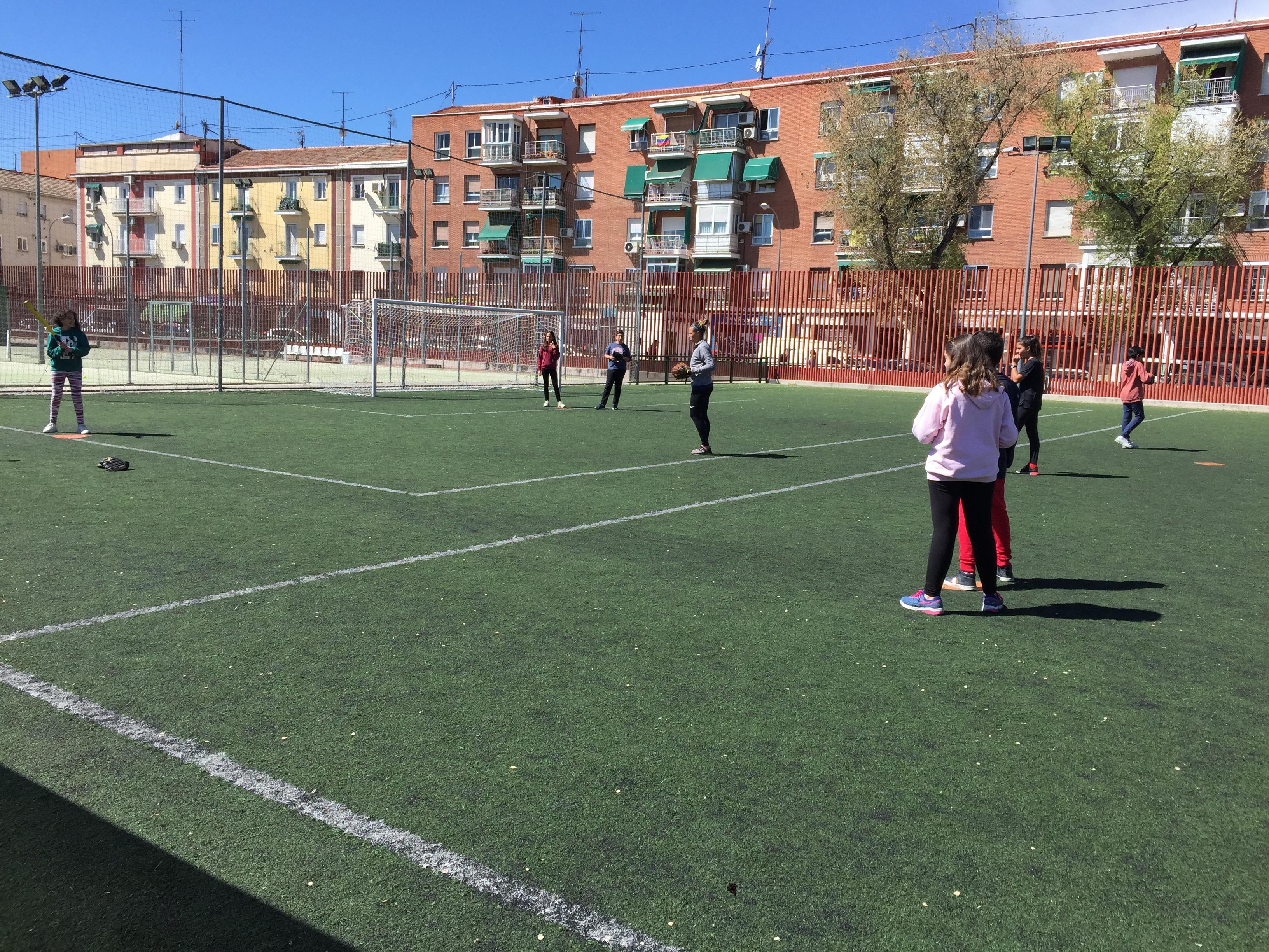 MAÑANAS ACTIVAS. Polideportivo San Vicente de Paul. 24