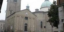 Vista lateral del baptisterio de San Giovanni, Treviso
