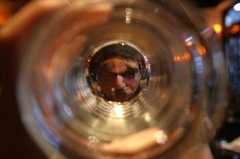 Reflejo en un vaso, Londres, Reino Unido