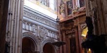 Altar, cúpulas y bóvedas de la Catedral cristiana