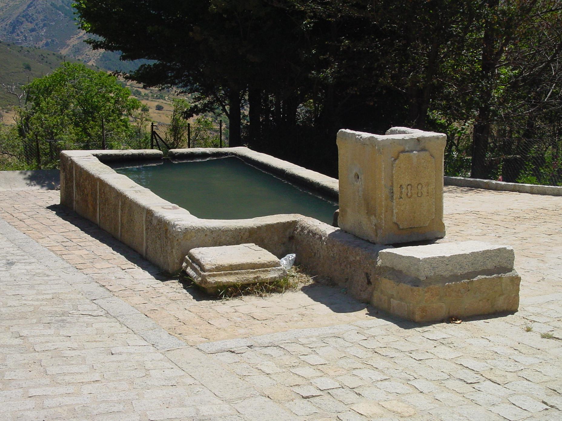 Pilón en Santa María de la Alameda