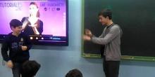Vídeo 2.Lengua de signos. Alumnos 1º ESO PEAC Capital 2-IES Beatriz Galindo-