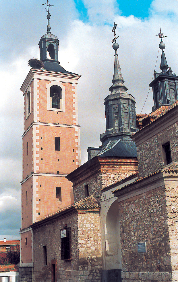 Iglesia y campanario en Valdemoro