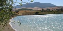 Estanque a las afueras de Pamplona, Navarra