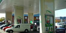 Vista parcial de gasolinera
