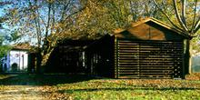 Pabellones de aperos agrícolas, Museo del Pueblo de Asturias, Gi
