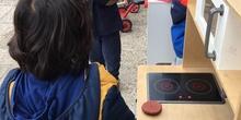 Las hormigas rojas disfrutan con el juego simbólico_CEIP Fernando de los Ríos_Las Rozas