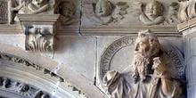 Detalle del Claustro Antiguo del Monasterio de Irache, Ayegui, C