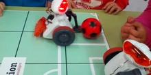 #cervanbot III: Liga de fútbol de robótica básica - Stemxion (grabado por alumnos)