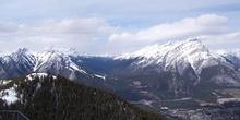 Montaña Norquay (2515m) y Montaña Cascade (2998m)