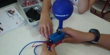Inflando un globo con Fischertechnik Pneumatics – Pneumatic 3