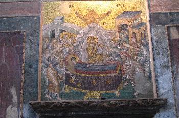 Mosaicos y frescos con escenas bíblicas en el Kariye Museum o Sa
