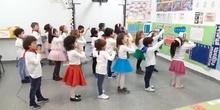 Los osos de infantil 5 b celebran la Navidad bailando (1)_CEIP FDLR_Las Rozas