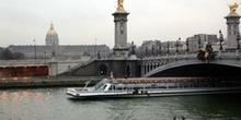 Puente de Alejandro III, París, Francia