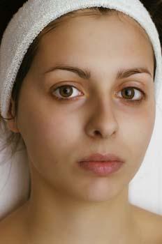 Limpieza facial: finalización de la retirada de mascarilla