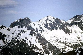 Pico Garmo Negro