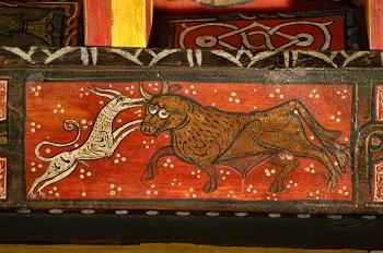 Detalle de pintura en alfarje. Pelea animales, Huesca