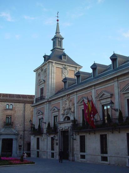 Antiguo Ayuntamiento en Plaza de la Villa de Madrid