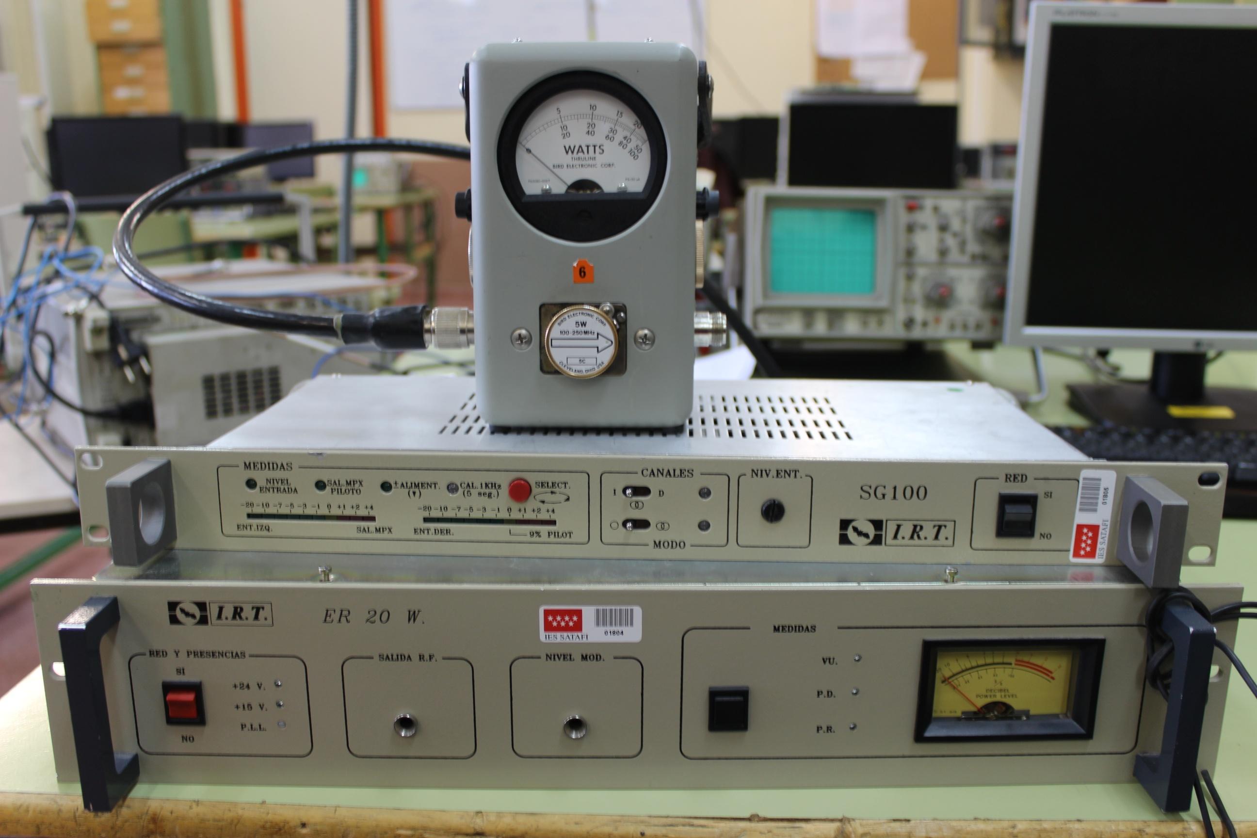 Emisora de FM comercial con etapa moduladora estéreo