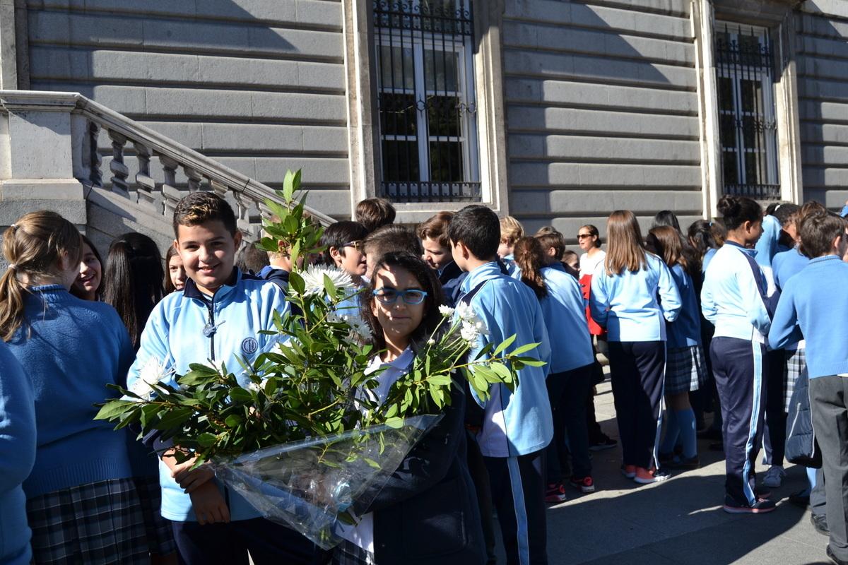 Ofrenda floral a Nuestra Señora de la Almudena 2017 39
