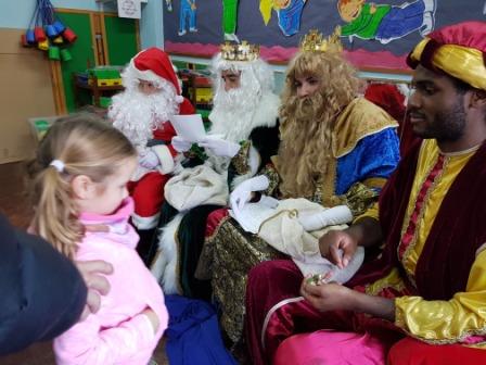 Los RRMM  Papá Noel en 1º (1) 7