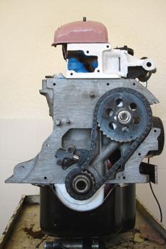 Motor. Distribución por cadena