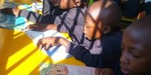 2019_10_10_Biblioteca de Kumwenya School_CEIP FDLR_Las Rozas 10