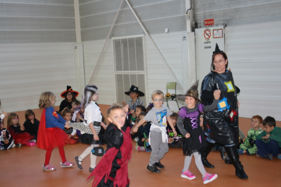2016_10_Infantil, Primero y Segundo de Primaria_Celebrando Halloween 20