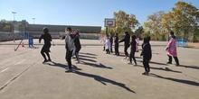 Baile homenaje a Thriller de  Michael Jackson.