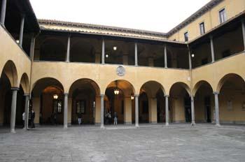 Patio interno, Facultad de letras, Pisa