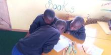 2019_10_10_Biblioteca de Kumwenya School_CEIP FDLR_Las Rozas 13