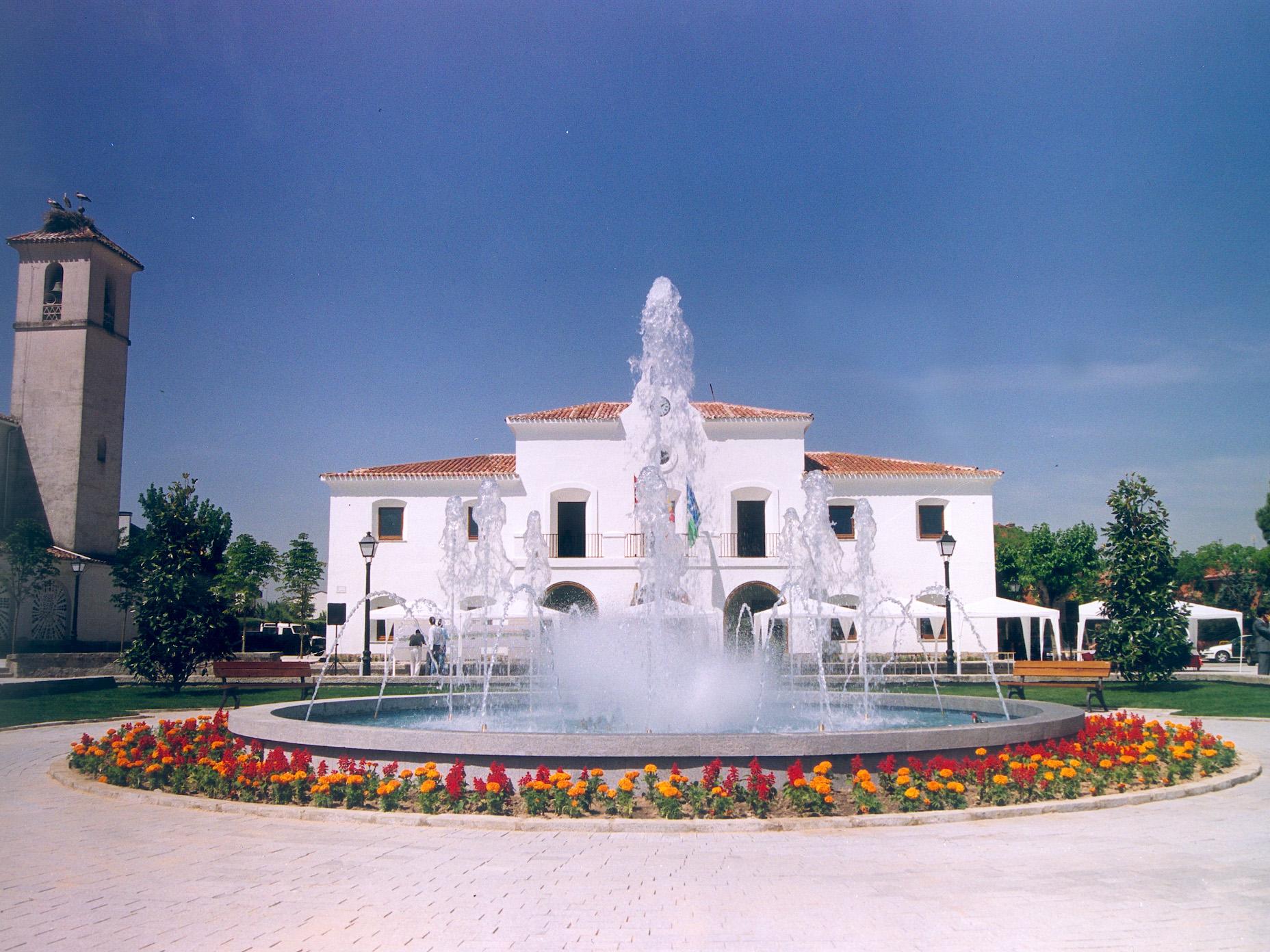 Fuente del ayuntamiento en Villanueva de la Cañada