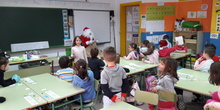 Santa Claus comes to School 2