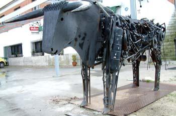 Escultura de toro - Griñón