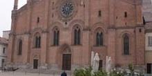 Plaza del Carmen e Iglesia de Santa María, Pavía