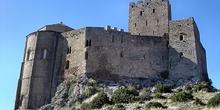 Vista del castillo desde el camino de acceso, Huesca