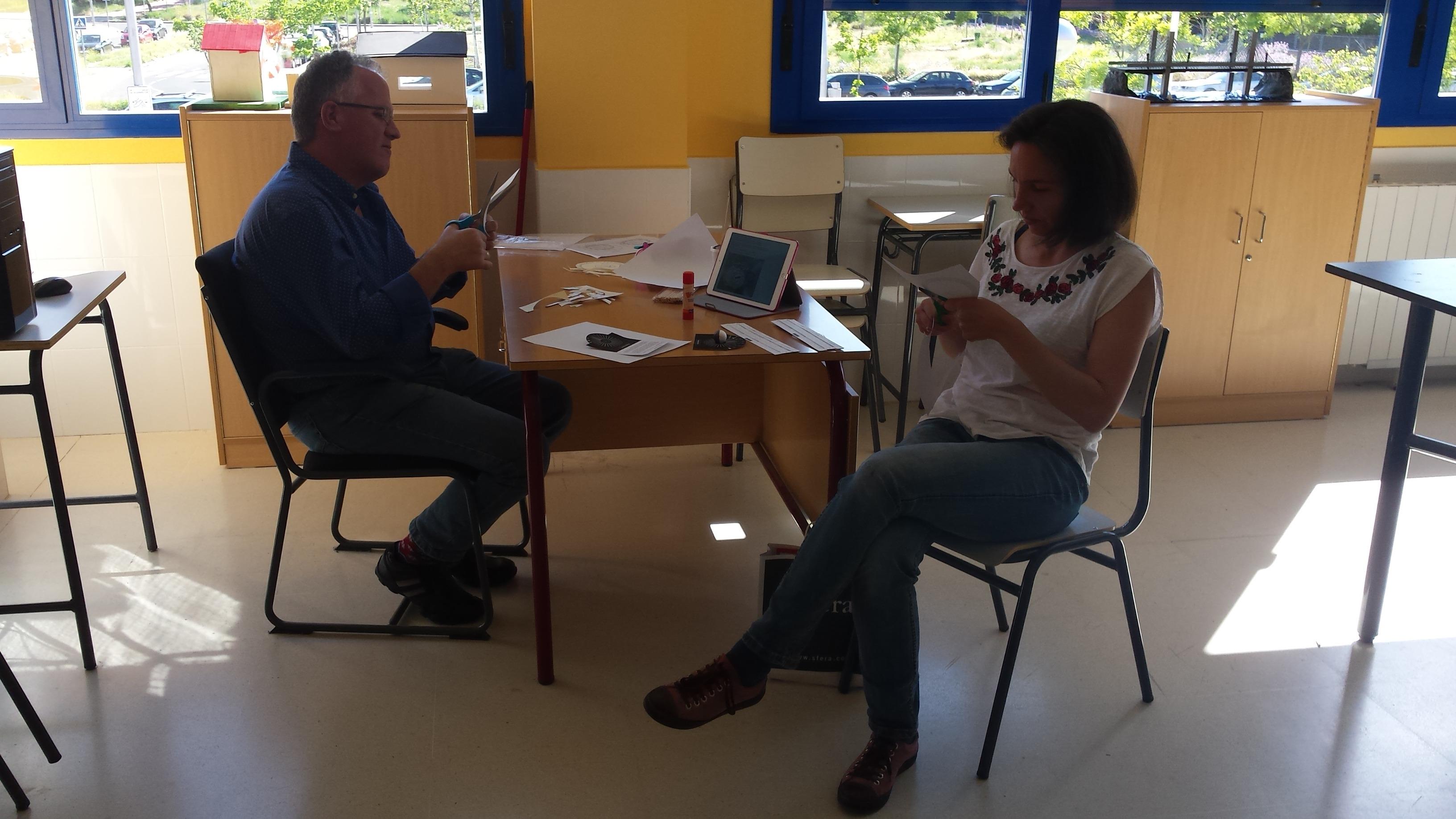 SEMINARIO DE COMUNICACIÓN EN EL AULA: CIENCIA Y TECNOLOGÍA 9