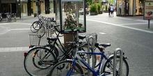 Stand publicitario en las calles de Dusseldorf, Alemania