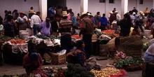 Mercado de verduras en Chichicastenango, Guatemala